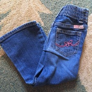 OshKosh B'gosh 2T girl jeans Embroidered pockets